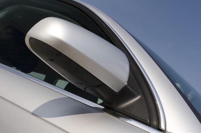 automotive glass tinting